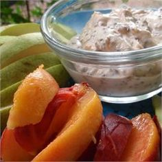 Healthy peanut butter fruit dip recipe - peanut butter, honey, and yogurt are combined Healthy Appetizers, Healthy Dinner Recipes, Appetizer Recipes, Healthy Snacks, Healthy Eating, Healthy Options, Clean Eating, Dip Recipes, Smoothie Recipes