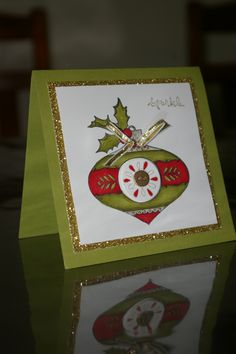 Stampin' Up - Michelle Johnstone - Christmas Bauble in old olive & cherry Cobbler blendabilities, champagne glimmer paper, old olive card http://www.stampinup.net/esuite/home/michellejstamping/