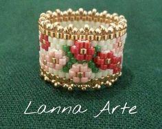 Anillo Beaded Jewelry Designs, Seed Bead Jewelry, Jewelry Rings, Wire Jewelry, Jewlery, Handmade Jewelry, Loom Beading, Beading Patterns, Bead Crafts