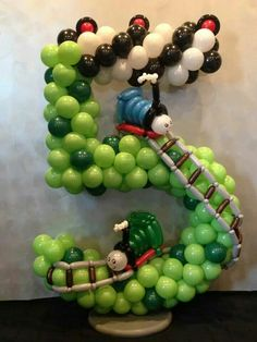 Number 5 balloon decoration - This is not made by Merry Makers - However I love this and can create this look for your party.  All numbers and themes are available.