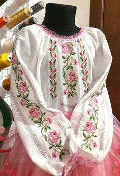 Baby clothes for girls, Embroidery On Clothes, Embroidery Suits, Embroidered Clothes, Embroidery Fashion, Modern Hijab Fashion, Folk Fashion, Artisanats Denim, Classy Work Outfits, Palestinian Embroidery