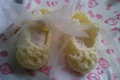 Cream and Lemon Crochet Booties Baby Shoes with Organza Bow Tie for Newborn Baby