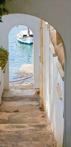 European Summer, Italian Summer, Beautiful World, Beautiful Places, Design Hotel Paris, Home Luxury, Lilac Sky, Athens Greece, Travel Goals