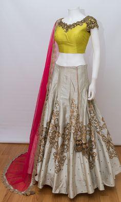 Lehnga Dress, Lehenga Choli, Floral Lehenga, Lehenga Skirt, Indian Lehenga, Stylish Dresses, Nice Dresses, Fashion Dresses, Beautiful Dresses