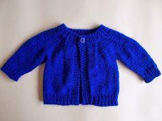 "top down baby jacket ~ for boys or girls Newborn DK Baby Jacket Top down for boys and girls  Width: 16"" (41cm) Length: 8"" (20.5cm) Sleeve seam: 4 ½ "" (11.5cm)"
