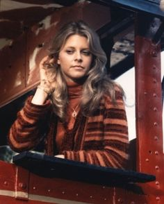 The Bionic Woman. she could hear far. He could see far