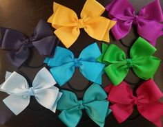 Using and width grosgrain ribbon to make this style. LARGE DOUBLE BOW with hair ties. Accessories Store, Grosgrain Ribbon, Hair Ties, Headbands, Bow, Girls, Handmade, Women, Style