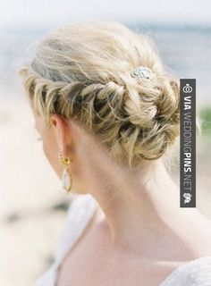 Whether your hair is lusciously long or stylishly short; your style elegant or bohemian I have just the updo for you with these 20 beautiful bridal braids. Beach Wedding Hair, Wedding Hair And Makeup, Hair Makeup, Wedding Updo, Prom Updo, Beach Hair, Wedding Beauty, Spring Wedding, Wedding Bouquets