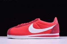size 40 21138 44f1c Nike Classic Cortez Nylon Gym Red White Men  s and Women