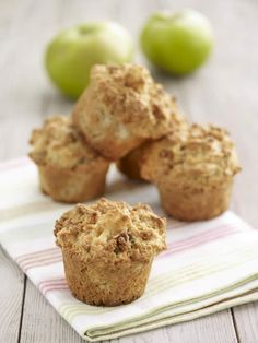Bramley, Cinnamon and Walnut Muffins | Bramley Apples