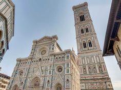 Duomo di Santa Maria del Fiore e il Campanile di Giotto - Piazza del Duomo - Firenze - April 2008