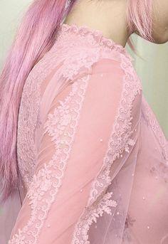 Pastel goth, nu goth, soft grunge, pastel grunge, kawaii fashion, accessories, hair