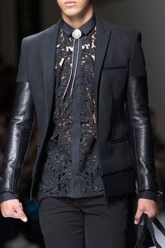Balmain Spring 2018 Men's Fashion Show Details