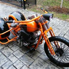 Painted Front End Trike Chopper, Trike Motorcycle, Racing Motorcycles, Motorcycle Style, Custom Motorcycles, Indian Motorcycles, Custom Trikes, Custom Bobber, Porsche Electric