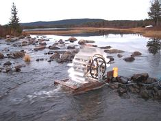 Confused By Green Energy Options? - Energy Tips Water Wheel Generator, Water Turbine, Water From Air, Hydroelectric Power, Water Powers, Solar Power Panels, Green Technology, Power To The People, Floating In Water