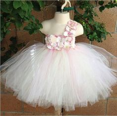 Find More Dresses Information about Pink fluffy dress toddler birthday wedding party child bridesmaid for baby girls tutu fantasias infantis 1 2 years old 90767,High Quality bridesmaid dress with train,China party purse Suppliers, Cheap bridesmaid accessories from HELLO BABY Formal Senior Clothing Wholesale Store on Aliexpress.com