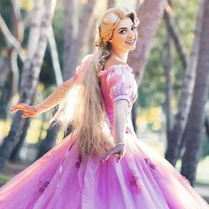 If any kids in your life need something fun to do, I will be leading a 'Painting with Rapunzel' session today at 2pm pst LIVE on the… Rapunzel Cosplay, Victorian, Live, Fun, Painting, Dresses, Fashion, Vestidos, Moda
