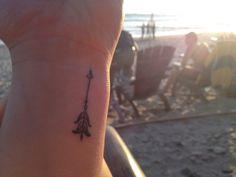 Beautiful wrist arrow tattoo Arrow Tattoo Placements, Leaf Tattoos, Fish Tattoos, Tattoo Ideas, Ink, Beautiful, Ink Art