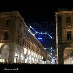 """""""#Torino raccontata dai cittadini per #inTO  Foto di @heartonearth  Luci e Atmosfera Natalizia"""""""