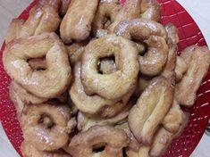 Πασχαλινά κουλουράκια της Αργυρώς Onion Rings, Sausage, Meat, Ethnic Recipes, Food, Eten, Sausages, Meals, Onion Strings
