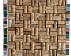 Mosaico de corcho del vino y tablón de anuncios en por NeedleandOak