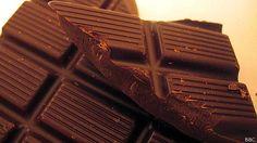 Para la mayoría de nosotros el chocolate es un placer que genera culpa. Nos dan ganas de comerlo porque sabe muy bien y porque es dulce, a pesar de que estamos conscientes de que, en su lugar, deberíamos estar comiendo frutas.  Sin embargo, un reciente estudio sugiere que los deseos por el chocolate no son un fenómeno moderno. De hecho, la adicción al chocolate podría datar de más allá del siglo XVIII.