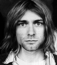 Kurt Cobain - dark hair