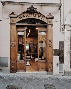 Barber Shop on the Corso Cavour in Todi