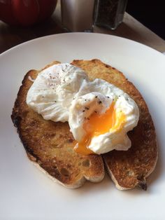 Poached eggs on sourdough toast