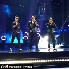 performance at the Latin Music Awards 10/8/2015  By @mariacelestearraras @ilvolomusic WOW Disfrutando de la gran noche de los #LatinAmericanMusicAwards #LatinAmericanMusicAwards2015 #latinAMAS en #LosAngeles #LA y todo esta pasando solo en tu canal de @telemundo y