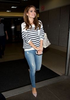 Maria Menounos and Keven Undergaro are seen at LAX. Classy Outfits, Casual Outfits, Fashion Outfits, Winter Fashion Casual, Autumn Fashion, Diva Fashion, Fashion Looks, Maria Menounos, Weekend Wear