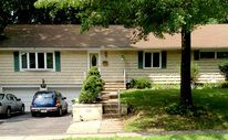 SOLD:  Paramus.  Large 3BR, 2BA Ranch near the Ridgewood border.  Great area, convenient to everything.  www.candacelarson.com