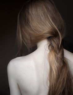 lightnessandbeauty:  Laura Makabresku