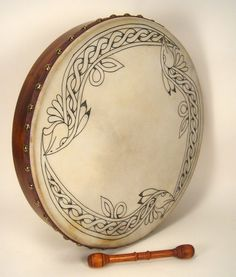 celtic bodhran drum--Roger would have used this when performing. Celtic Music, Celtic Art, Irish Drum, Bodhran Drum, Irish Celtic, Irish Eyes, Gourd Art, Celtic Designs, My Heritage