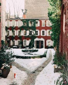 Grove Court in the snow | York Avenue blog