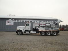A Texoma 800-90 on a 2008 Peterbilt Pressure Digger.  This is a great looking and great working unit! One of the few in the country! It is job ready and available NOW. This unit is for purchase, rent , or rent-to-own.  http://www.sunriseequipment.com/texoma-800-90-on-2008-peterbilt-367
