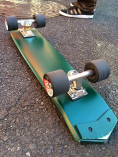 Our web site is a veritable rich source of information when it comes to finding out about building your own decking. Click now and deepen your knowledge on the topic. E Skate, Skate Decks, Skate Style, Longboarding, Skateboard Art, Skateboards, Paddle, Surfboard, Surfing