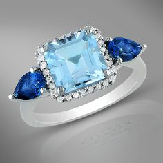 London Blue & Sky Blue Topaz in one stand-out ring! (Wow! Light blue and dark blue in the same ring!)