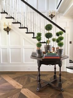 Benjamin Moore White Dove - the most popular white paint color