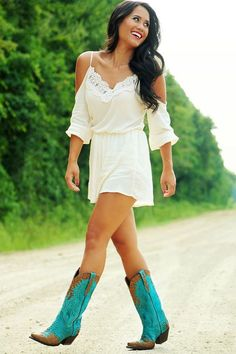 VISIT FOR MORE We love this glam western look! The turquoise cowgirl boots add a great pop of color. The post We love this glam western look! The turquoise cowgirl boots add a great pop of c appeared first on Dress. Rodeo Outfits, Style Outfits, Summer Outfits, Cute Outfits, Cowgirl Outfits For Women Dresses, Country Outfit Summer, Cow Girl Outfits, Outfits With Cowgirl Boots, Summer Cowgirl Outfits