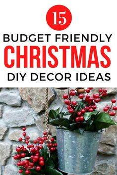 Easy and Cheap DIY Christmas decor ideas for your Holiday home decor on a budget. Perfect for decorating your living room, entryway, porch and front door for the Holidays. #hometalk Christmas Decor Diy Cheap, Diy Christmas, Christmas Decorations, Wallpaper Bookcase, Diy Beauty Projects, Alternative Christmas Tree, Funky Junk Interiors, Christmas Coffee, Easy Crafts For Kids