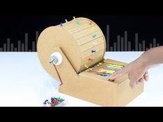 How To Make Mini Piano Music Machine From Cardboad Cardboard Box Crafts, Cardboard Crafts, Paper Crafts, Science For Kids, Art For Kids, Science Projects, Craft Projects, Diy Music Box, Diy And Crafts