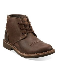 Thinking about snatching these Taupe Distressed Medway Smith Boots by Clarks on Zulily today for the man in my life, he needs a pair of really good shoes
