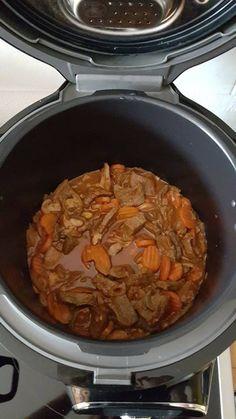 Différent du bœuf carotte et du bœuf bourguignon Batch Cooking, Bon Appetit, Squash, Stew, Chili, Food Porn, Pork, Meat, Meals