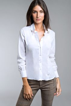 Lady, Tops, Women, Fashion, Crisp White Shirt, White People, Shirts, Moda, Fashion Styles