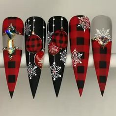 Holiday Nail Art, Christmas Nail Art, Christmas Nail Designs, Stiletto Nails, Gel Nails, Cute Nails, Pretty Nails, Nail Art Noel, Nail Drawing