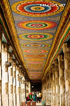 Colorful Corridors, Meenakshi Temple, Madurai #India www.enlightart.blogspot.com Indian Temple Architecture, Colour Architecture, South India Tour Packages, Creative Zen, Temple India, India Holidays, Kovalam, Maldives Honeymoon, Holiday Planner