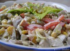 Sałatka ze smażonymi pieczarkami - przepis ze Smaker.pl Cobb Salad, Cabbage, Vegetables, Food, Vegetable Recipes, Eten, Veggie Food, Cabbages, Meals