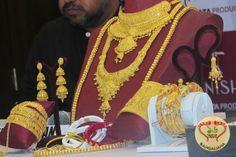 Kolkata gets a New Jewelry Hub; Tanishq now has a Grand Showroom at Camac Street  http://fashion.sholoanabangaliana.in/kolkata-gets-a-new-jewelry-hub-tanishq-now-has-a-grand-showroom-at-camac-street/