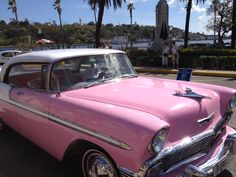 Amazing vintage cars still going strong in Havana!